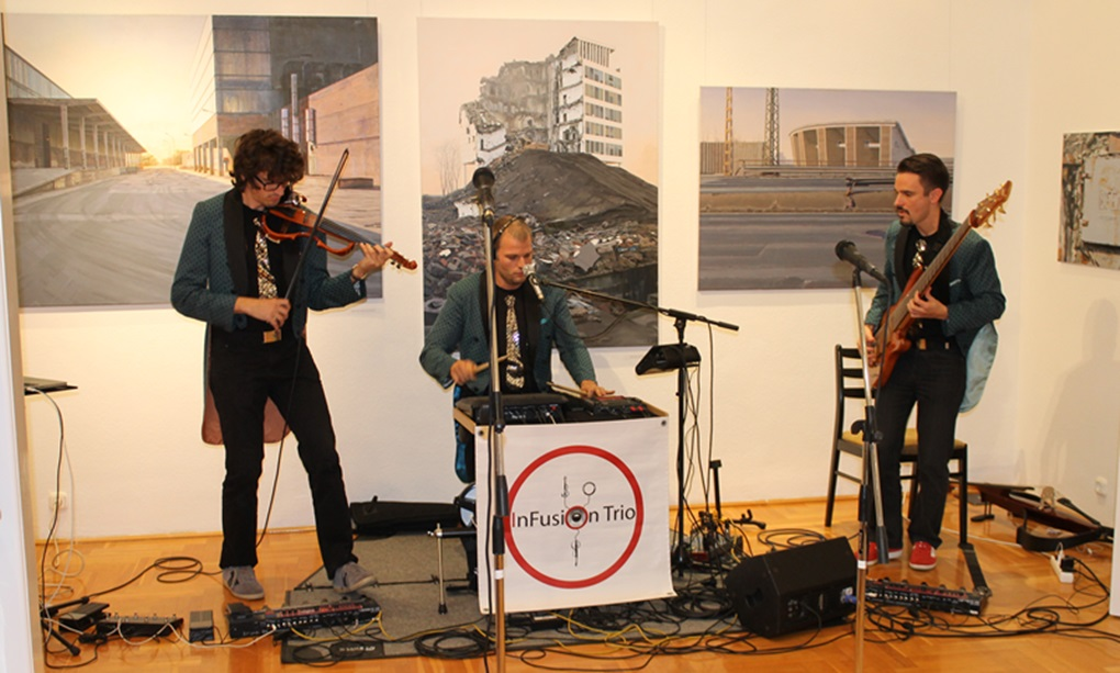Az InFusio Trio egy korábbi, Galéria'13-as fellépésen (fotó: ittlakunk.hu)