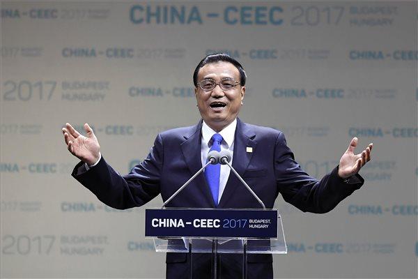Li Ko-csiang kínai miniszterelnök Budapesten (fotó: Kovács Tamás - MTI)